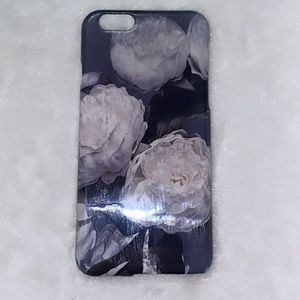 Grey roses iPhone 6 case